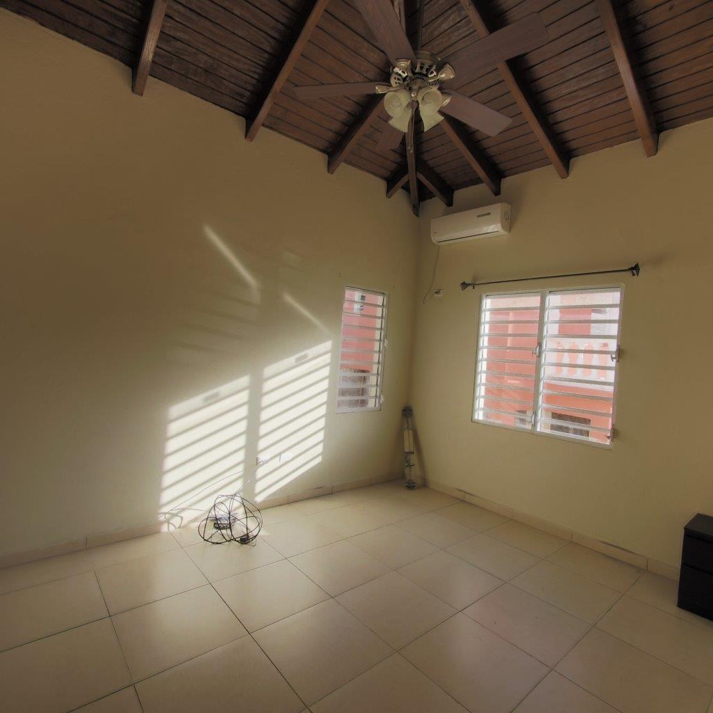 1 Or 2 Bedroom Apartment For Rent: ::ISLAND REAL ESTATE TEAM::